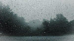 Tempo permanece fechado no ES; outubro deve ter chuva acima da média
