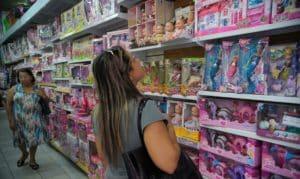 Atividade do comércio tem alta de 2,3% no Dia das Crianças, aponta Serasa Experian